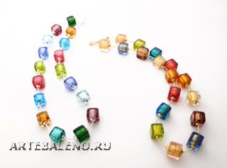 S781/maz Колье 47см из бусин-кубиков (холодный и теплый тон) муранское стекло